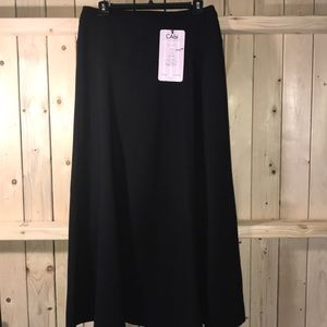 New CAbi Carol Anderson Black Boot Skirt 8